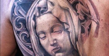 Virgen María tatuajes