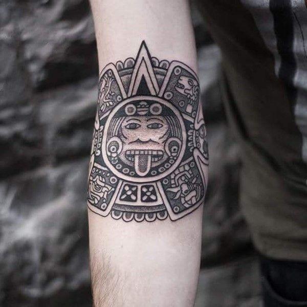 Dessins de tatouage aztèque